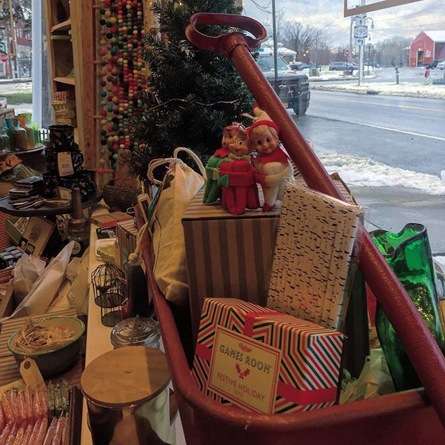 Don't just sit on the shelf, come on in! #holidayshopping #hudsonvalley #shopsmall #shoplocal