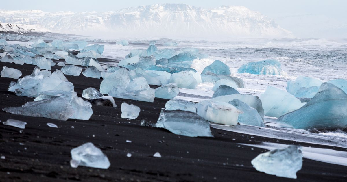 Diamond_beach_Jokulsarlon_glacier_lagoon-Iceland-8-1200x630.jpg