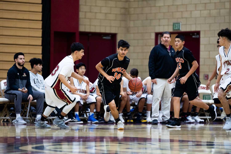 20181211_BasketballBoysFR_CCHS_042.jpg