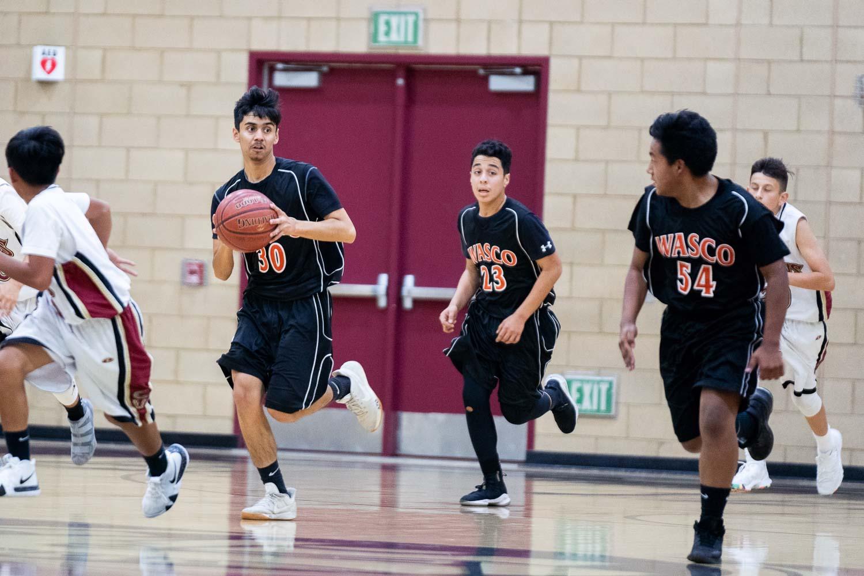 20181211_BasketballBoysFR_CCHS_067.jpg