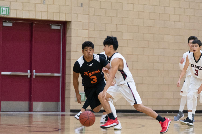 20181211_BasketballBoysJV_CCHS_007.jpg