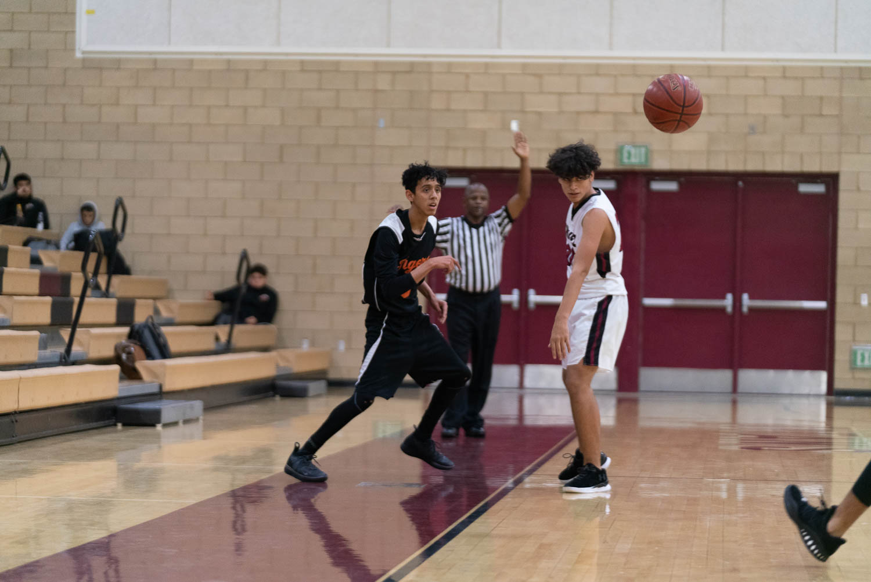 20181211_BasketballBoysJV_CCHS_048.jpg