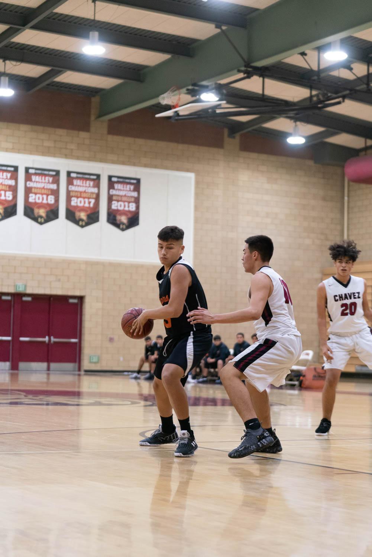 20181211_BasketballBoysJV_CCHS_067.jpg