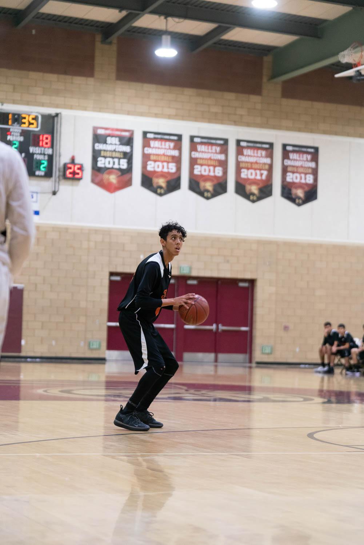 20181211_BasketballBoysJV_CCHS_076.jpg