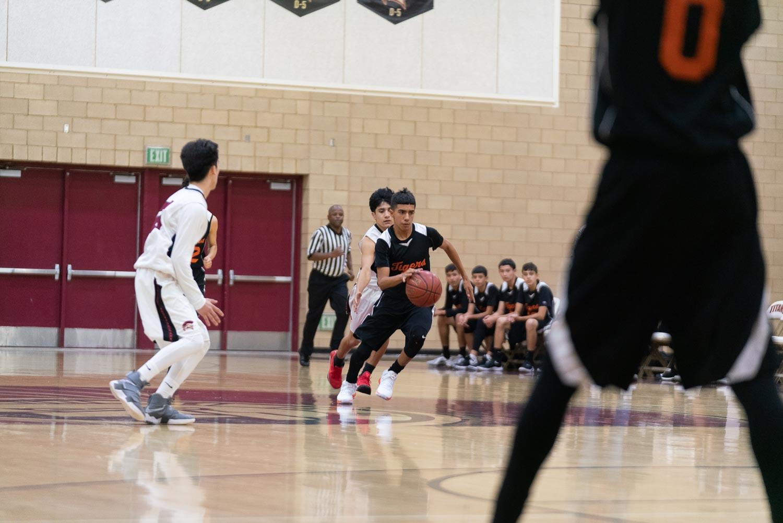 20181211_BasketballBoysJV_CCHS_079.jpg