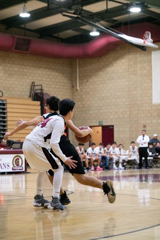20181211_BasketballBoysJV_CCHS_112.jpg
