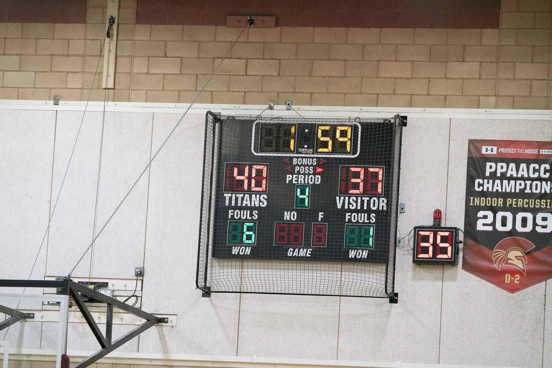 20181211_BasketballBoysJV_CCHS_135.jpg