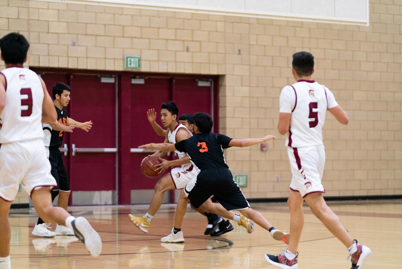 20181211_BasketballBoysVAR_CCHS_018.jpg