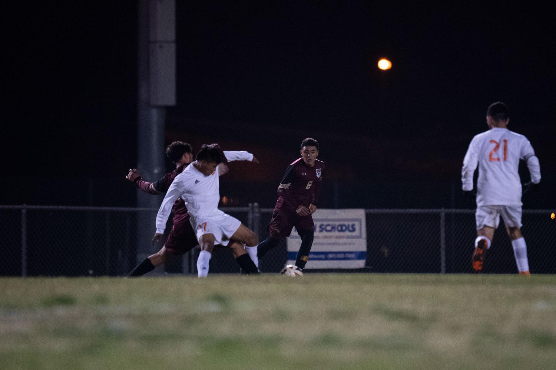 20181211_SoccerBoysVAR_CCHS_079.jpg