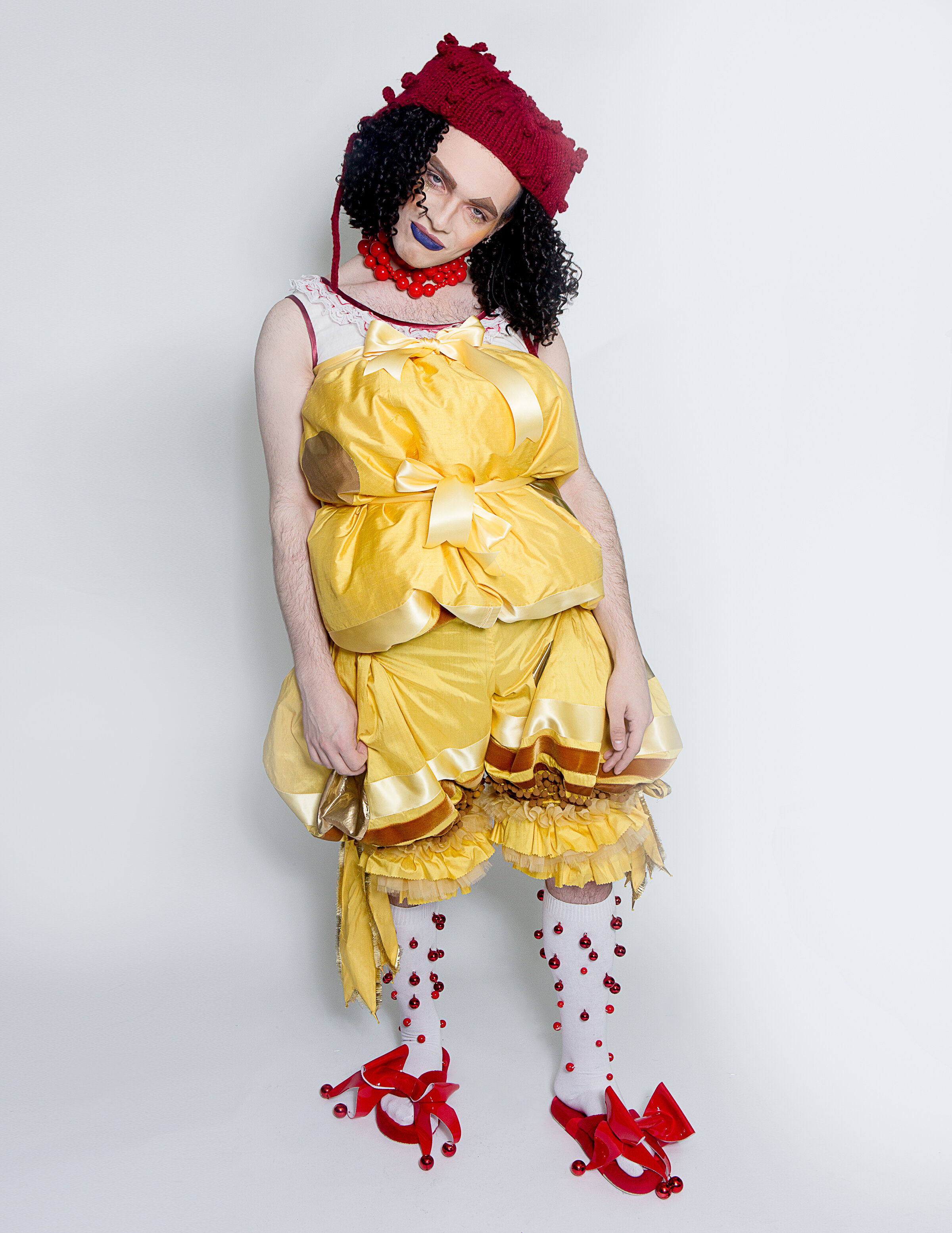 LOOK 3 - THE JESTER