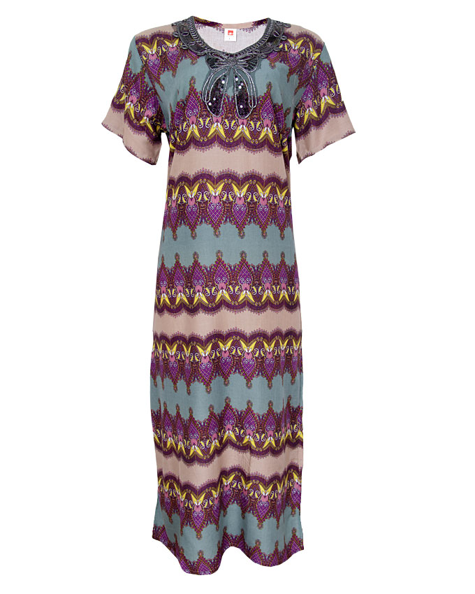 milan maxi dress with embroidered neck detail - purple sizes 14, 18, 20   n4,000