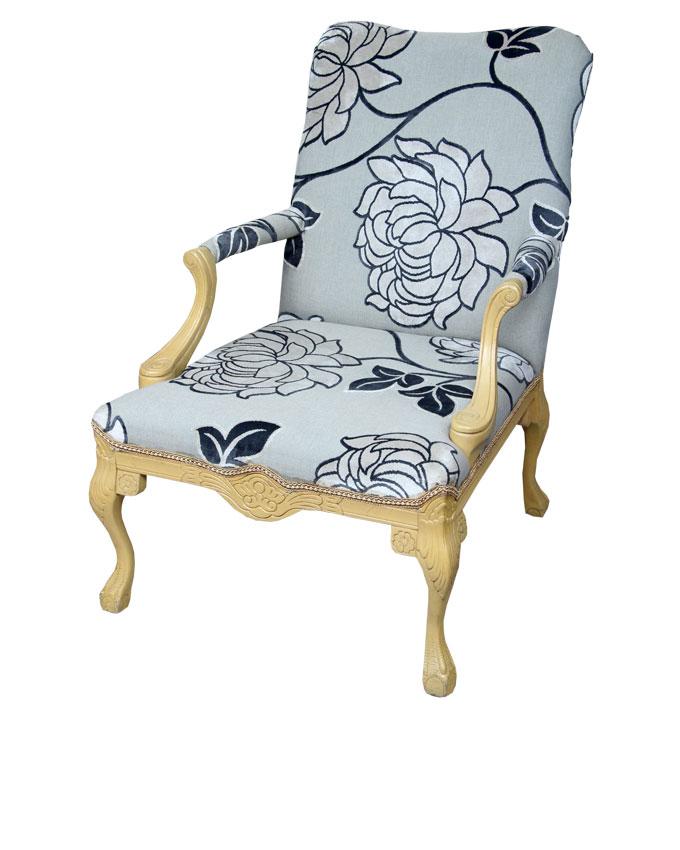 stradivari chair   n200,000
