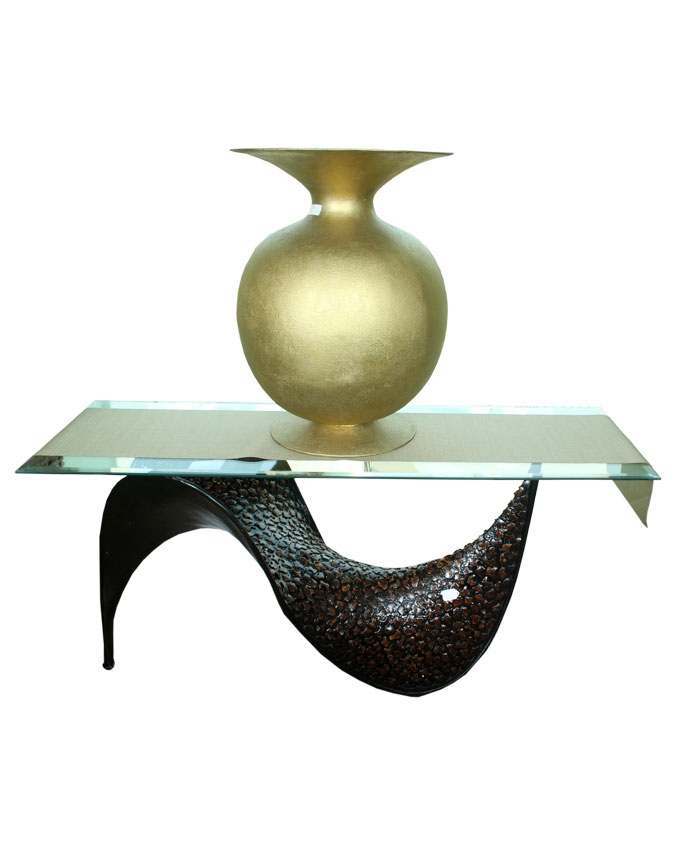 vase puck gold (on console) - 70cm   n470,000