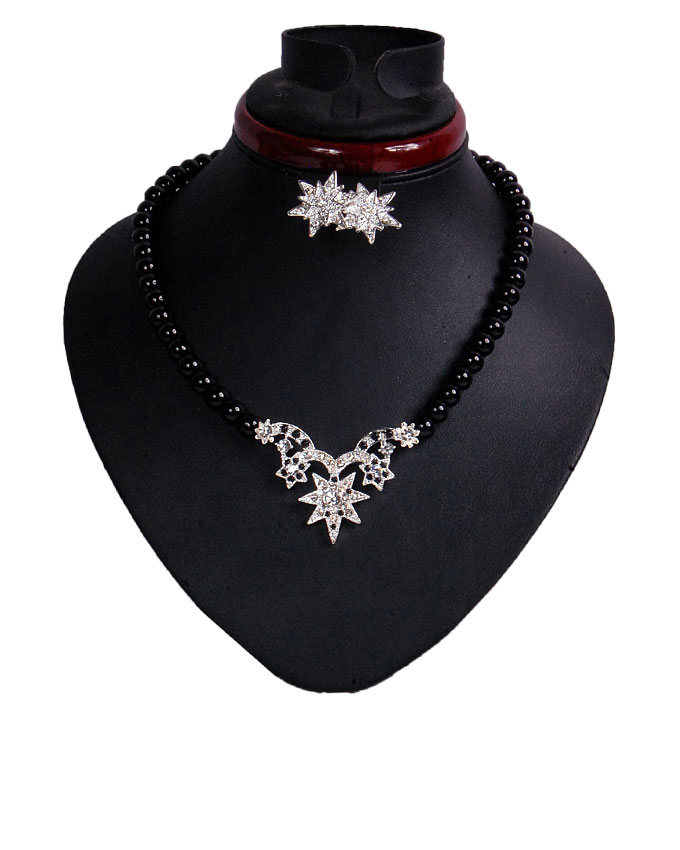 new    star shine jewelry set - black ( sold out)   n2,500