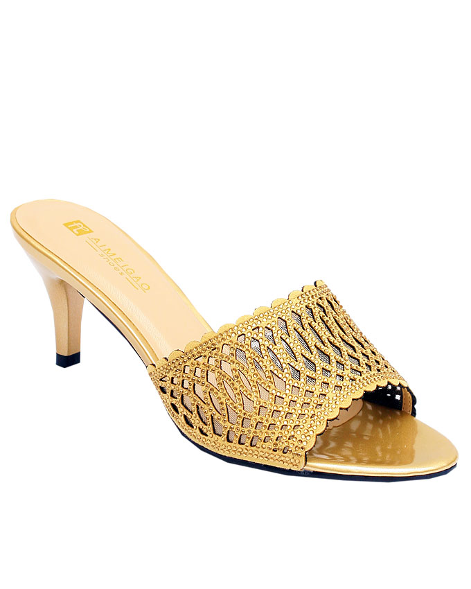 isabelle luxury leather slipper - gold    sizes : 36, 37, 38, 39, 40, 41  n12,500