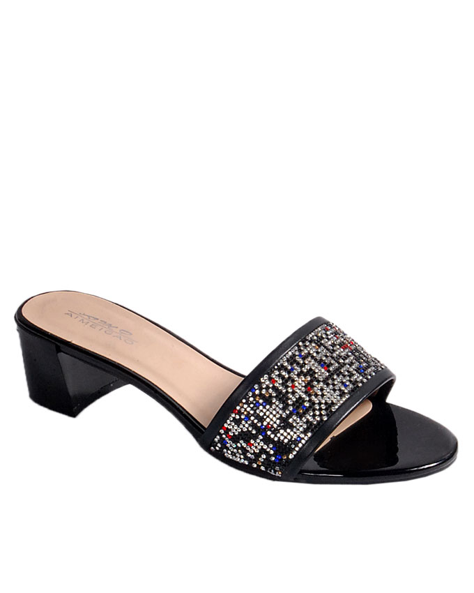 SOLD OUT    slipper with multi-color stud top detail - black   uk 6.5 / 40  n24,000
