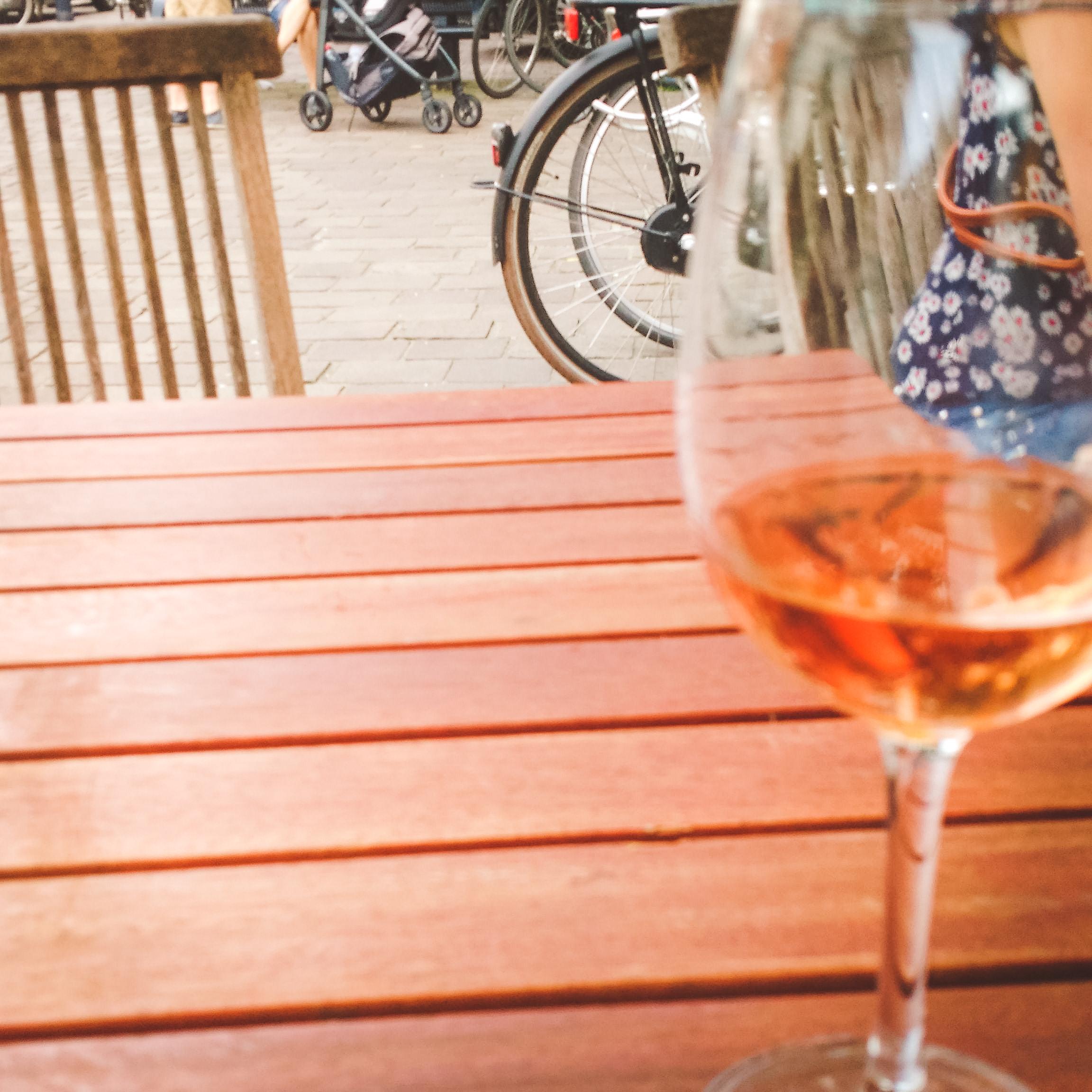 expat, expat bar, Cheers, Gent, Belgium, wine