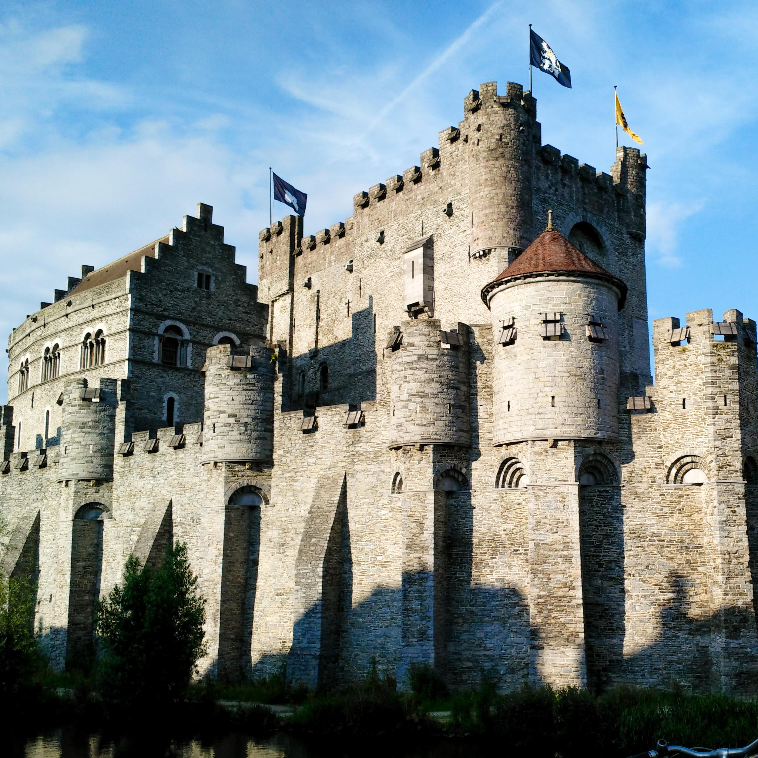 expat,  Gent, Belgium, wine, Gentse Feesten, castle