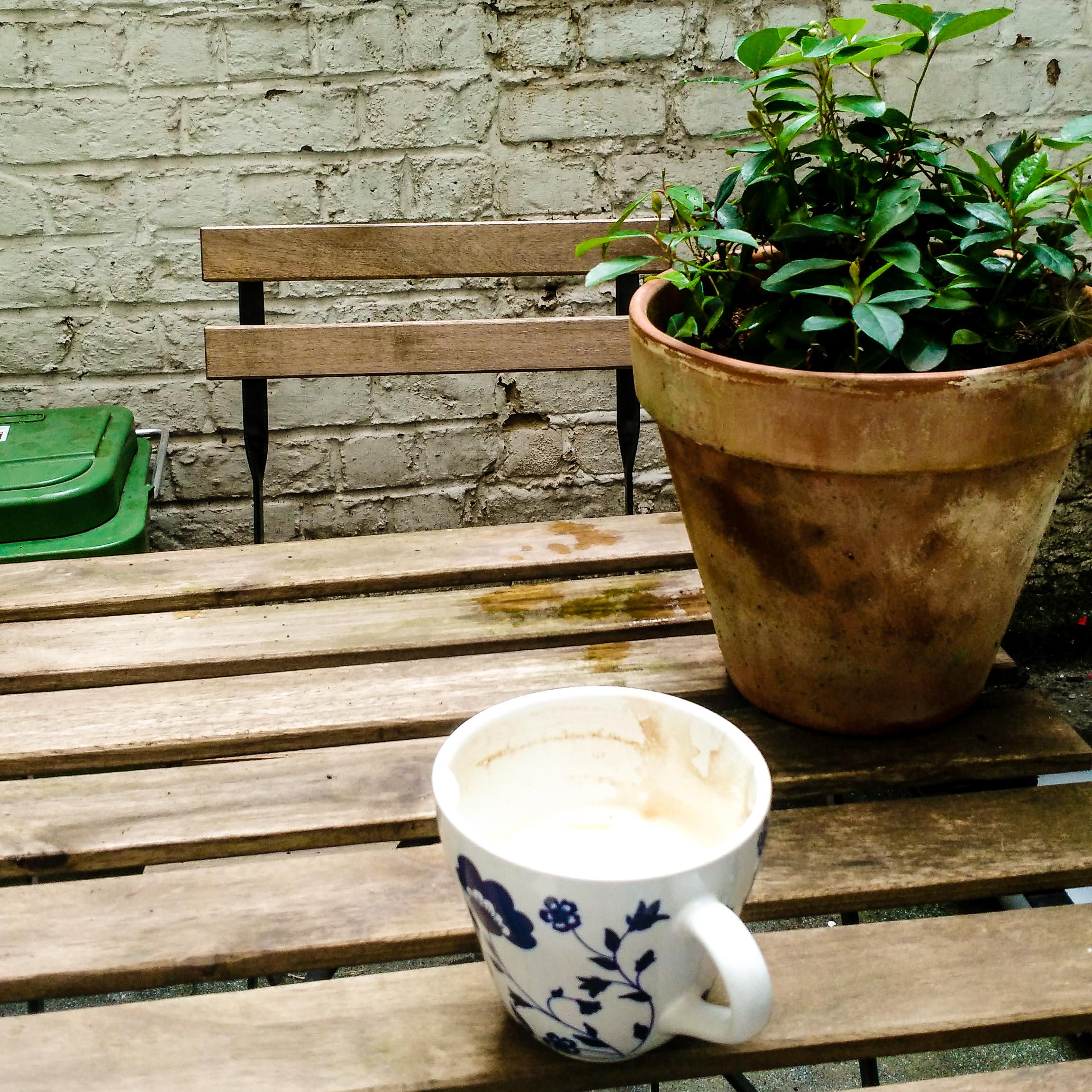expat,Gent, Belgium, patio, garden, terrace, coffee, garden