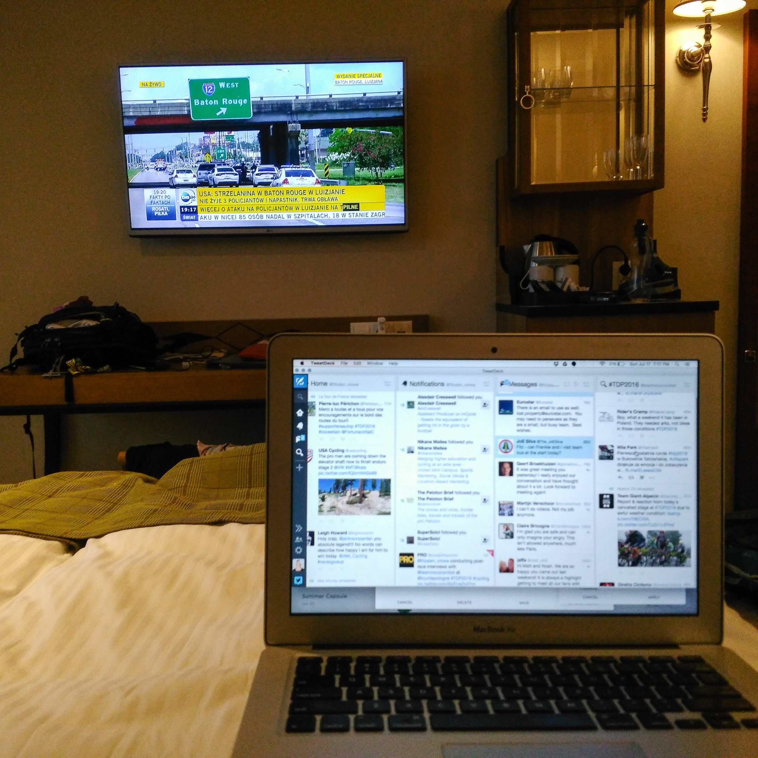 The hotel room bed is one of my favorite offices. Rarely, rarely, rarely do I turn on the TV. I think some event had happened in the US and I actually had CNN, so I followed the news as I worked on a race report and stayed up to date on bike racing via TweetDeck.