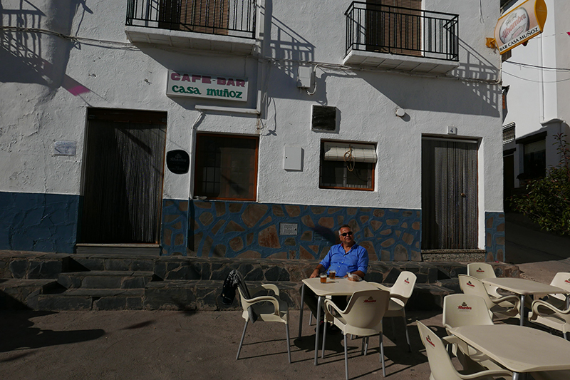 Bar Muñoz, Yegen
