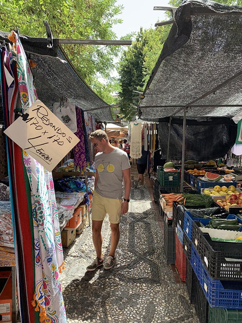Plaza Larga Market