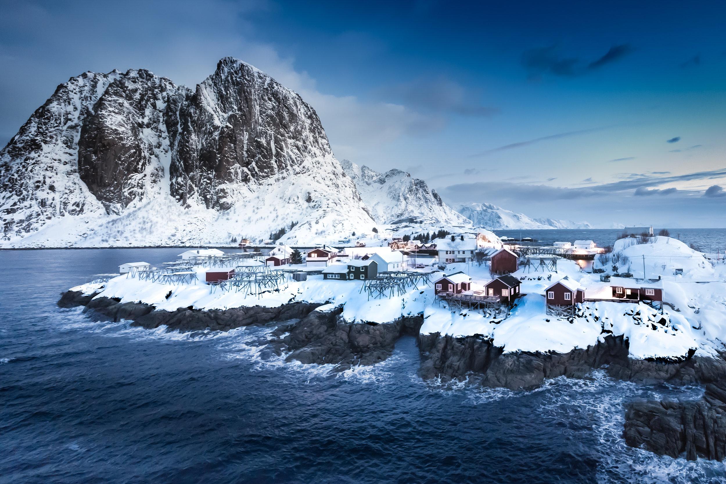 L1000321 [30x40] Arctic Fjords.jpg