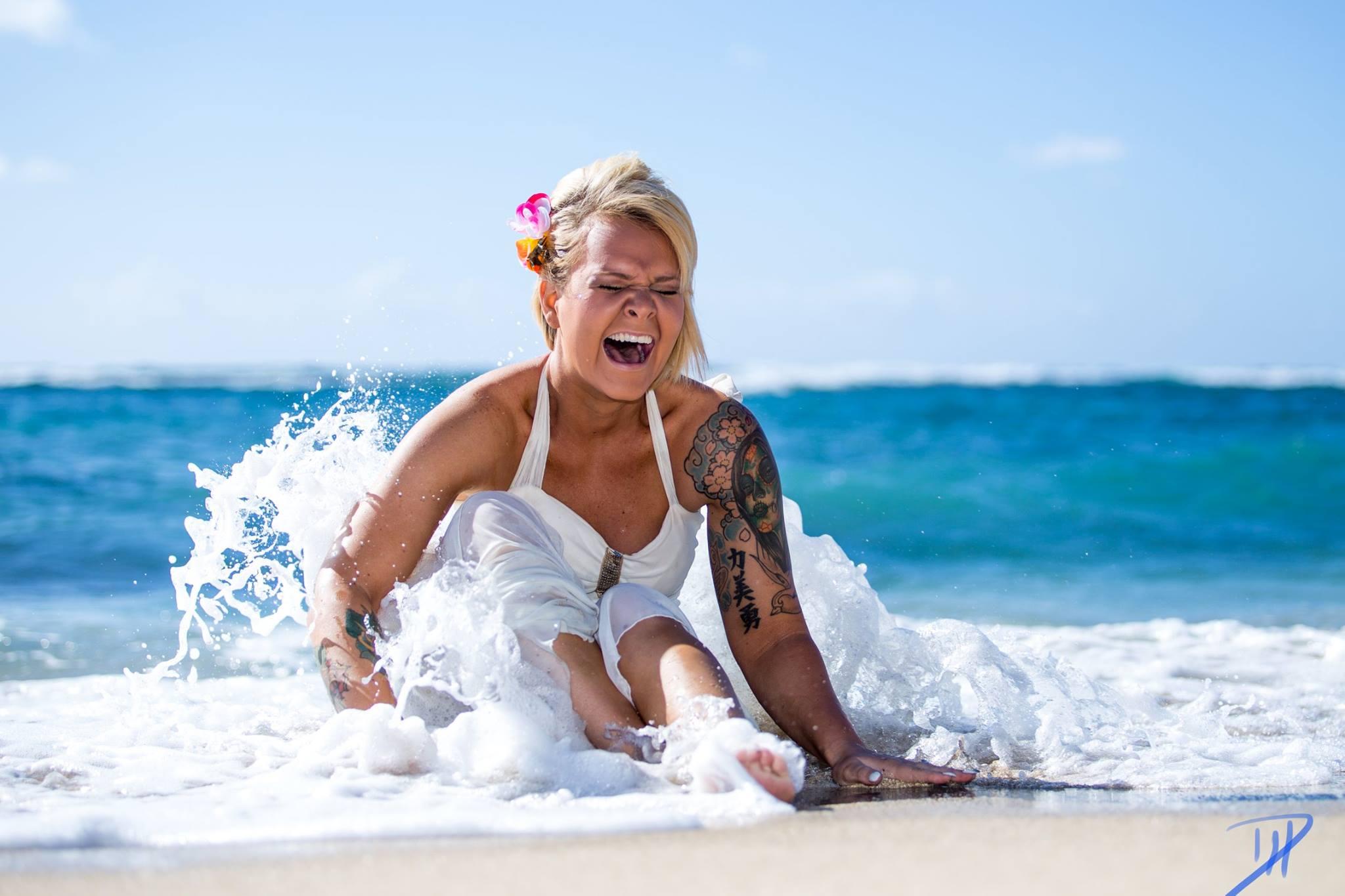 Amber, Waikiki Beach, Canon 6D, 70-200 L, F/7.1, 1/500, ISO 200