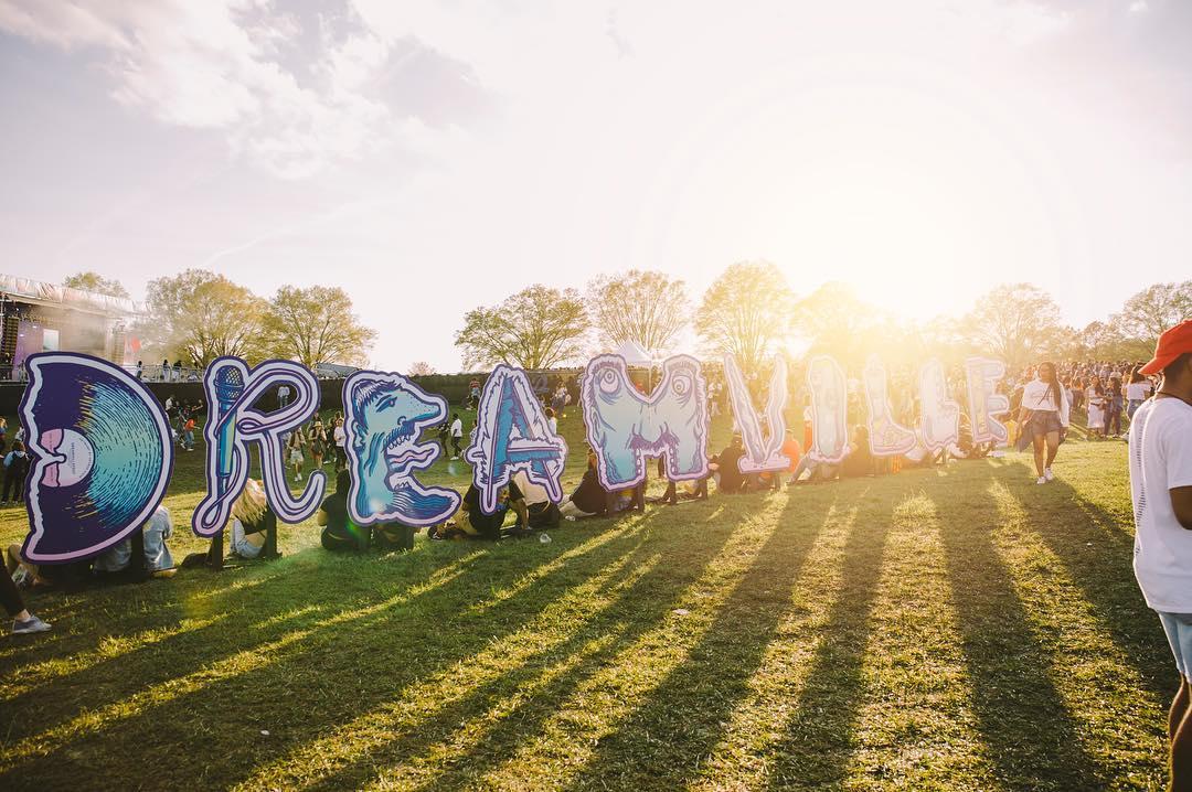 DreamvilleFest_GeorgeHageArtPhoto_IG-giantnoise.jpg