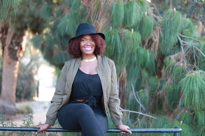 how to wear a hat with natural hair