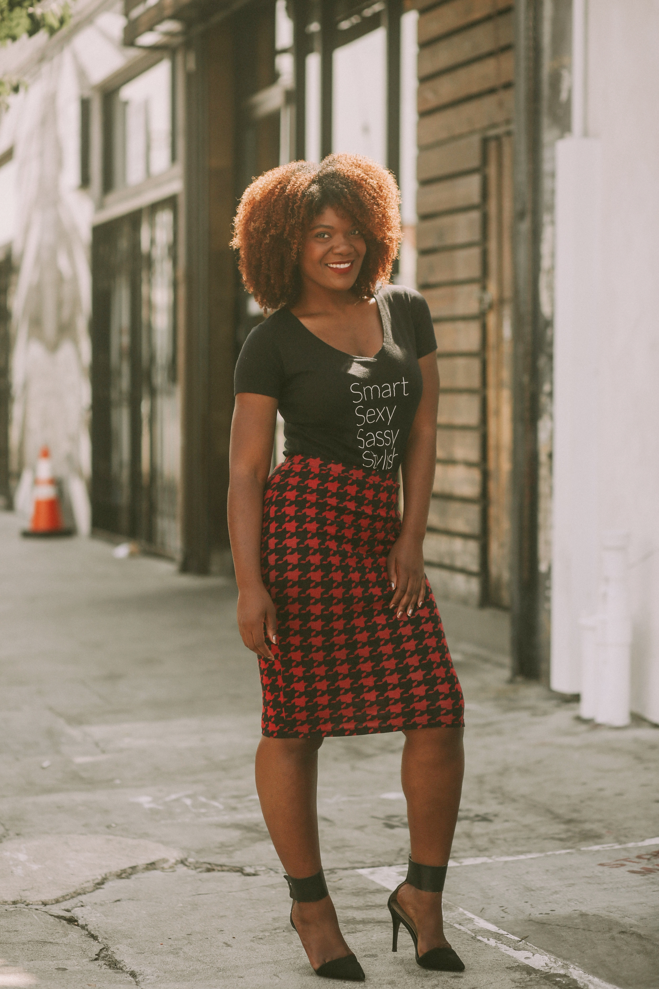 How To Style A Pencil Skirt Casual