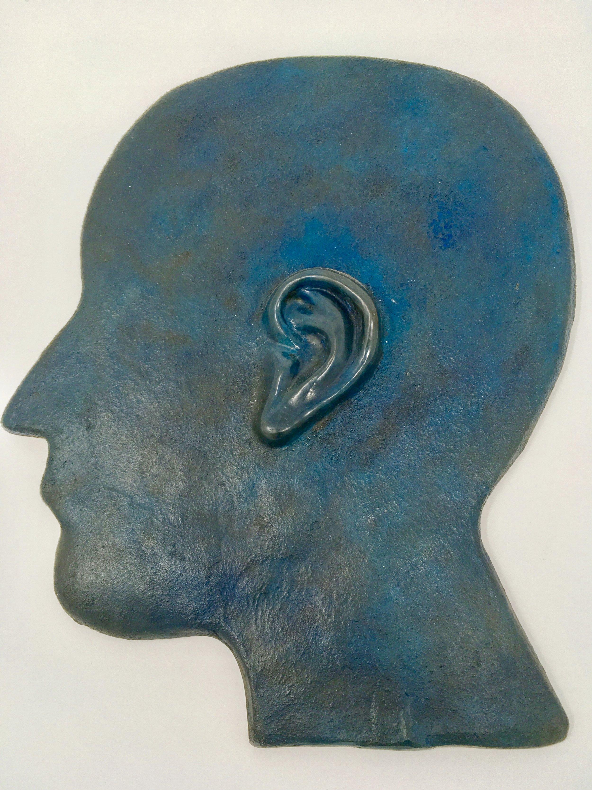 Earhead
