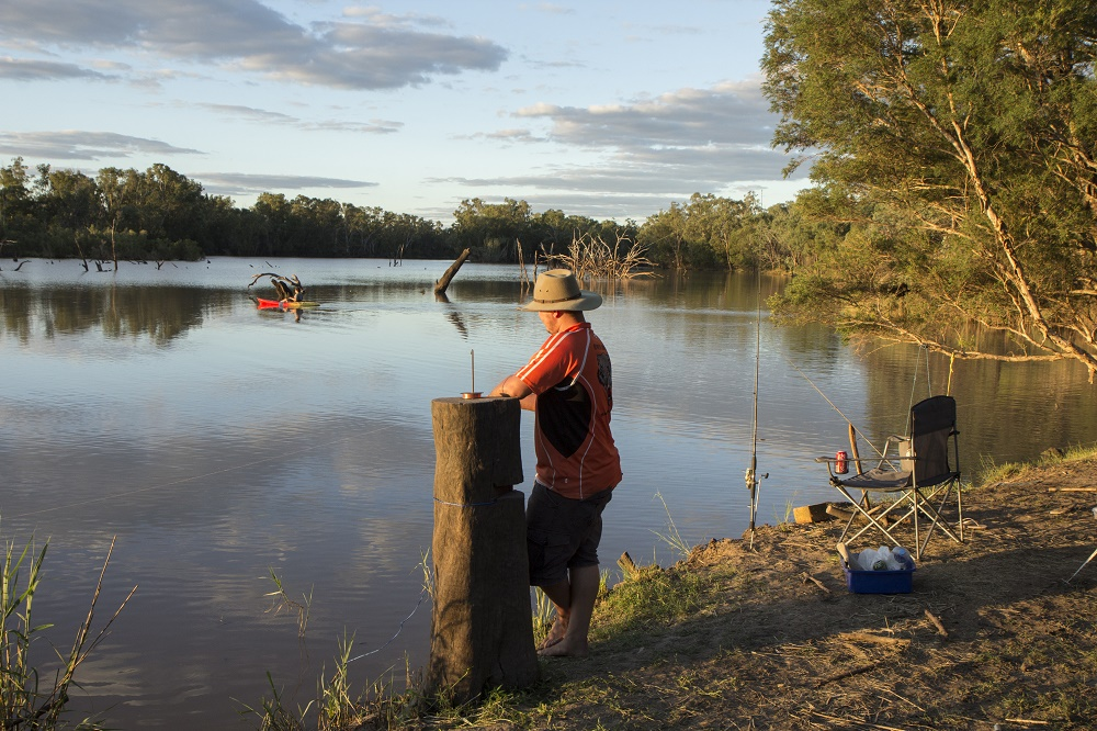 8223 fishing.jpg