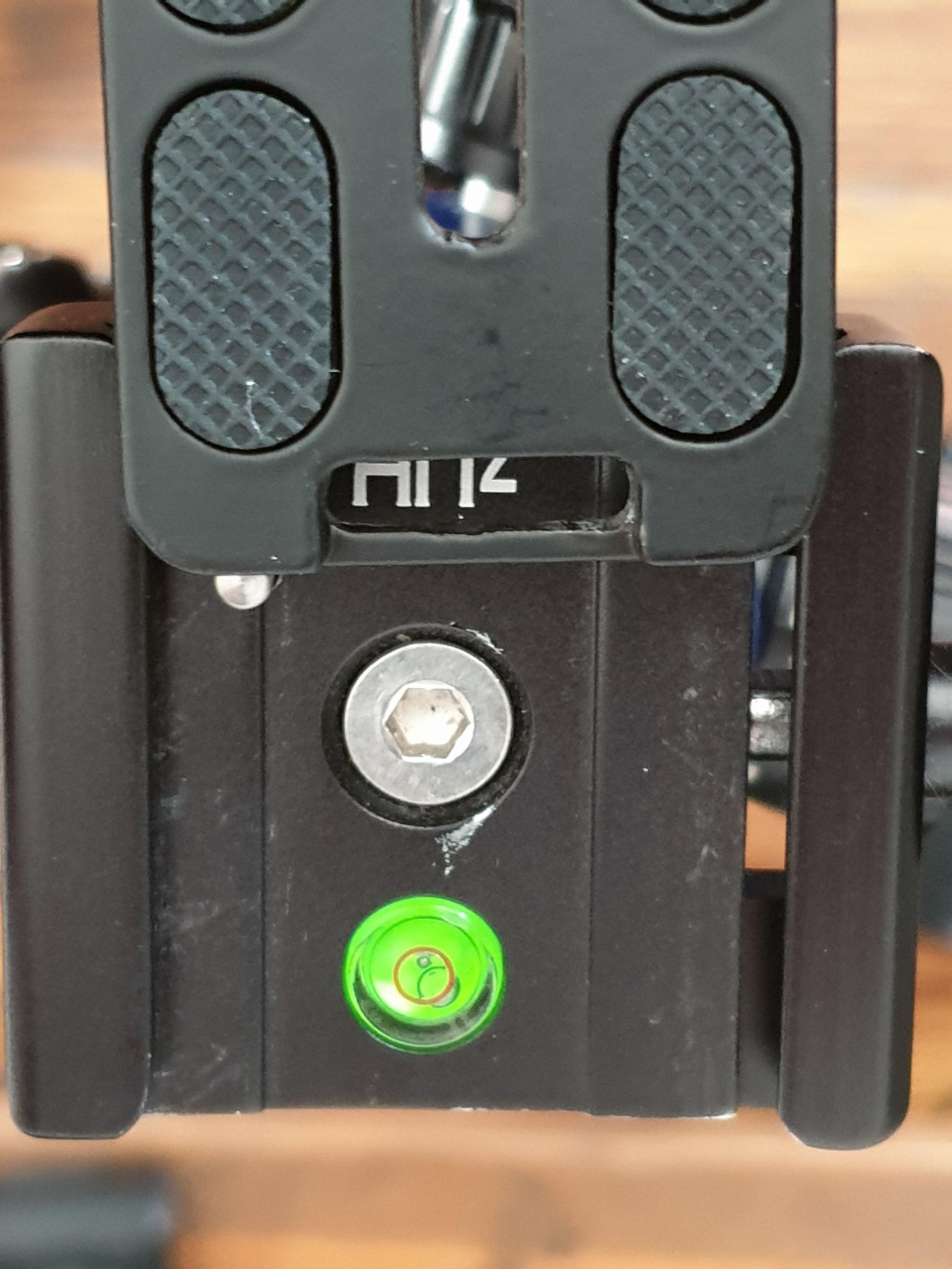 Andoer L bracket on 3LT tripod AH2 ball head showing locking pin
