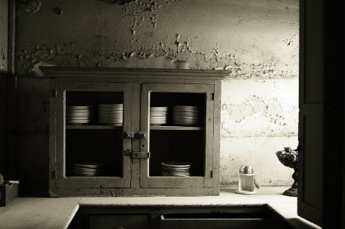 Kitchen_black_white