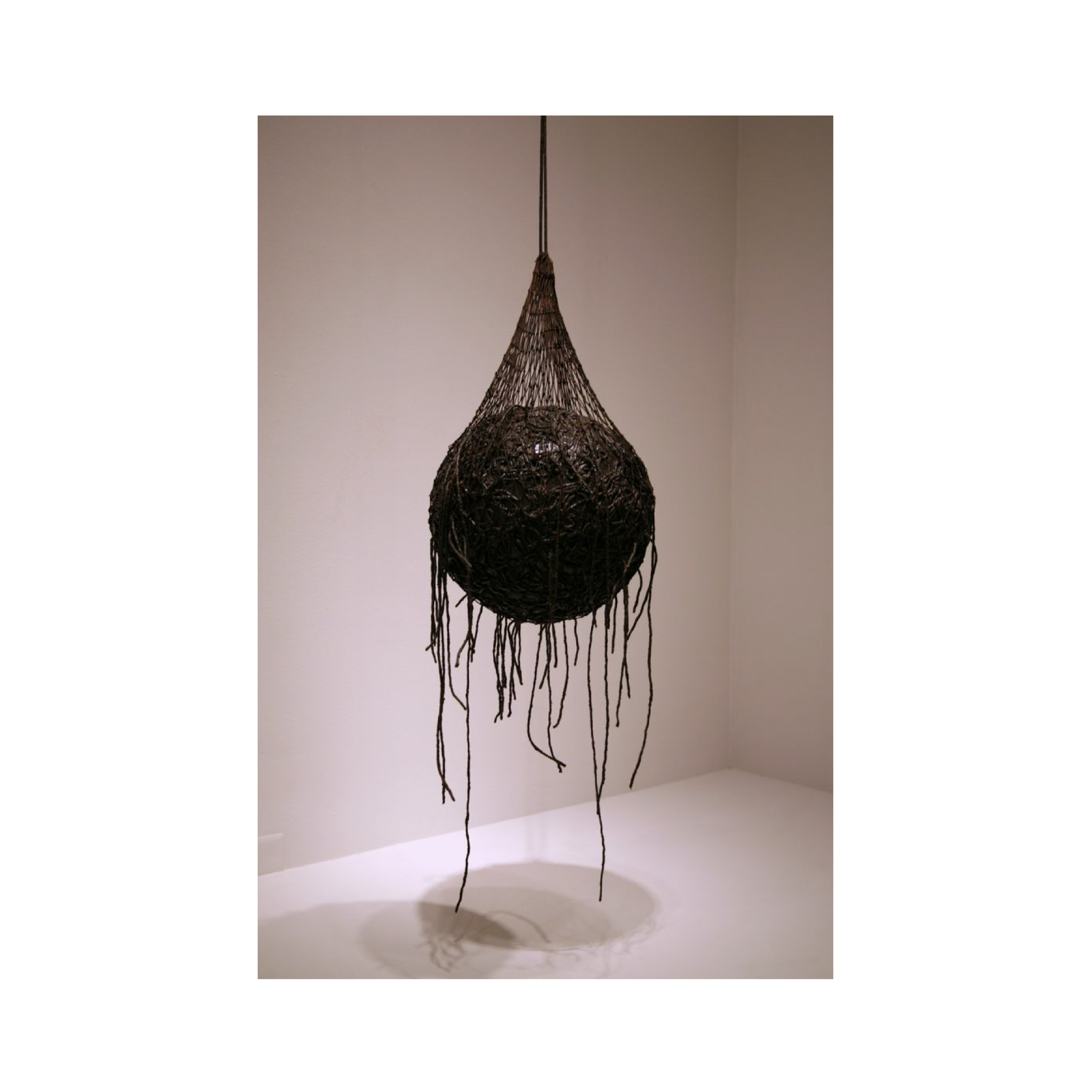 uncover-body-evahesse-03.png