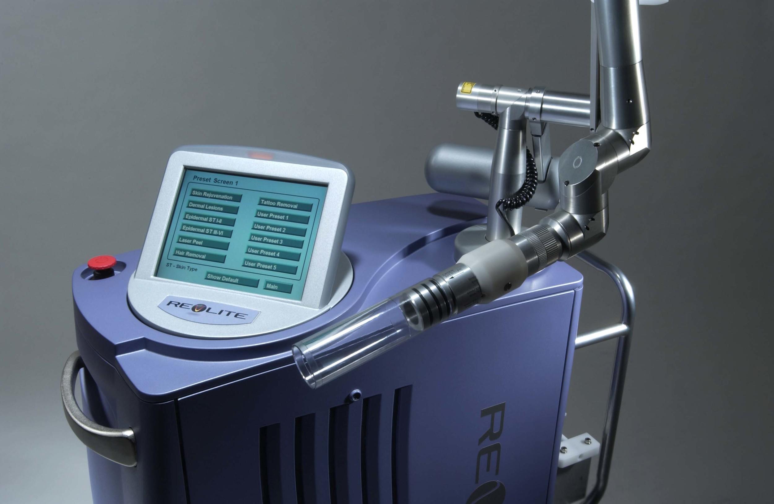 The RevLite SI Q-Switch Nd-YAG Laser