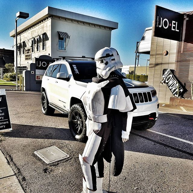 #stormtrooper #wk #wk2 #wk2project #chiefproducts #rippsupercharged #jeepofficial #jeepgarage #jeepgrandcherokee #grandcherokee  #grandteam #liftedjeep #superchargeallthejeeps #liftedwk2 #liftedtrucks #arizona #offroad #liftedminivan #mallcrawler