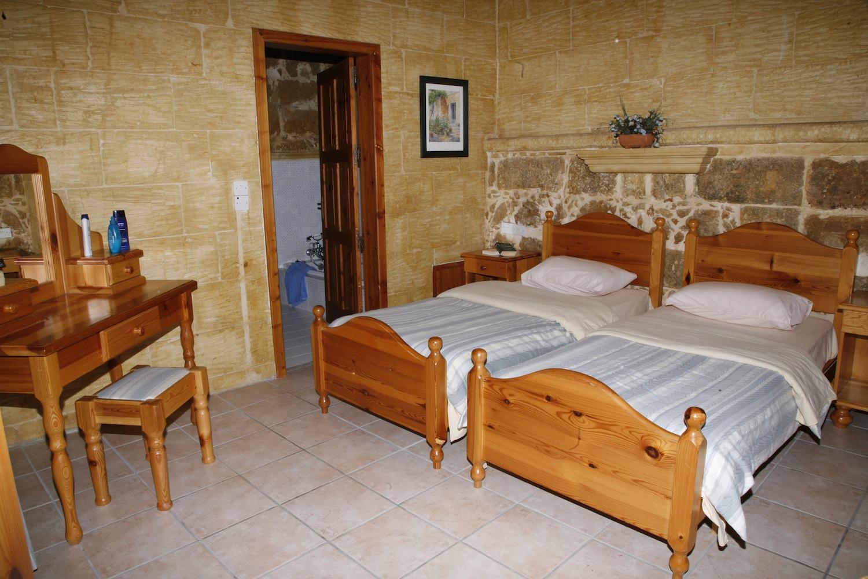 Third single bedroom with en-suite shower
