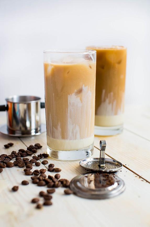 Vietnamese_Iced_Coffee_Image_8_http-::www.thehungrytravelerblog.com:vietnamese-iced-coffee:.jpg