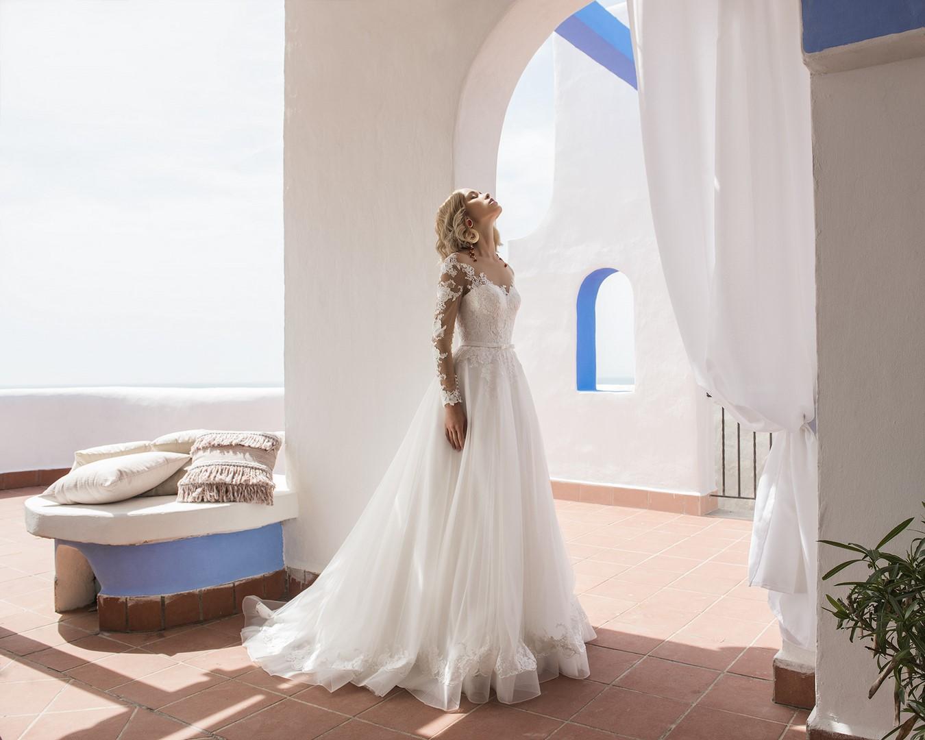 Anita-Jillian Elianto-0719-WEB Jillian Abiti da sposa Collezione 2020.jpg