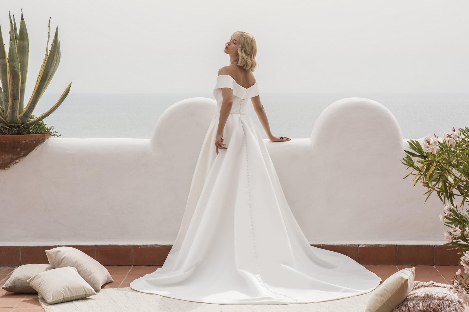 Anna-Jillian Elianto-0845-WEB Jillian Abiti da sposa Collezione 2020.jpg