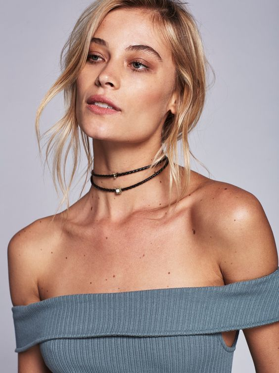 Design sold to Free People are mostly Boho/ Hippie/ Trendy Design Inspiration – Simple leather chocker with unique center piece