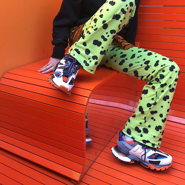 OLIVIA NEON GREEN PANTS online next week🐾🐾🐾💚