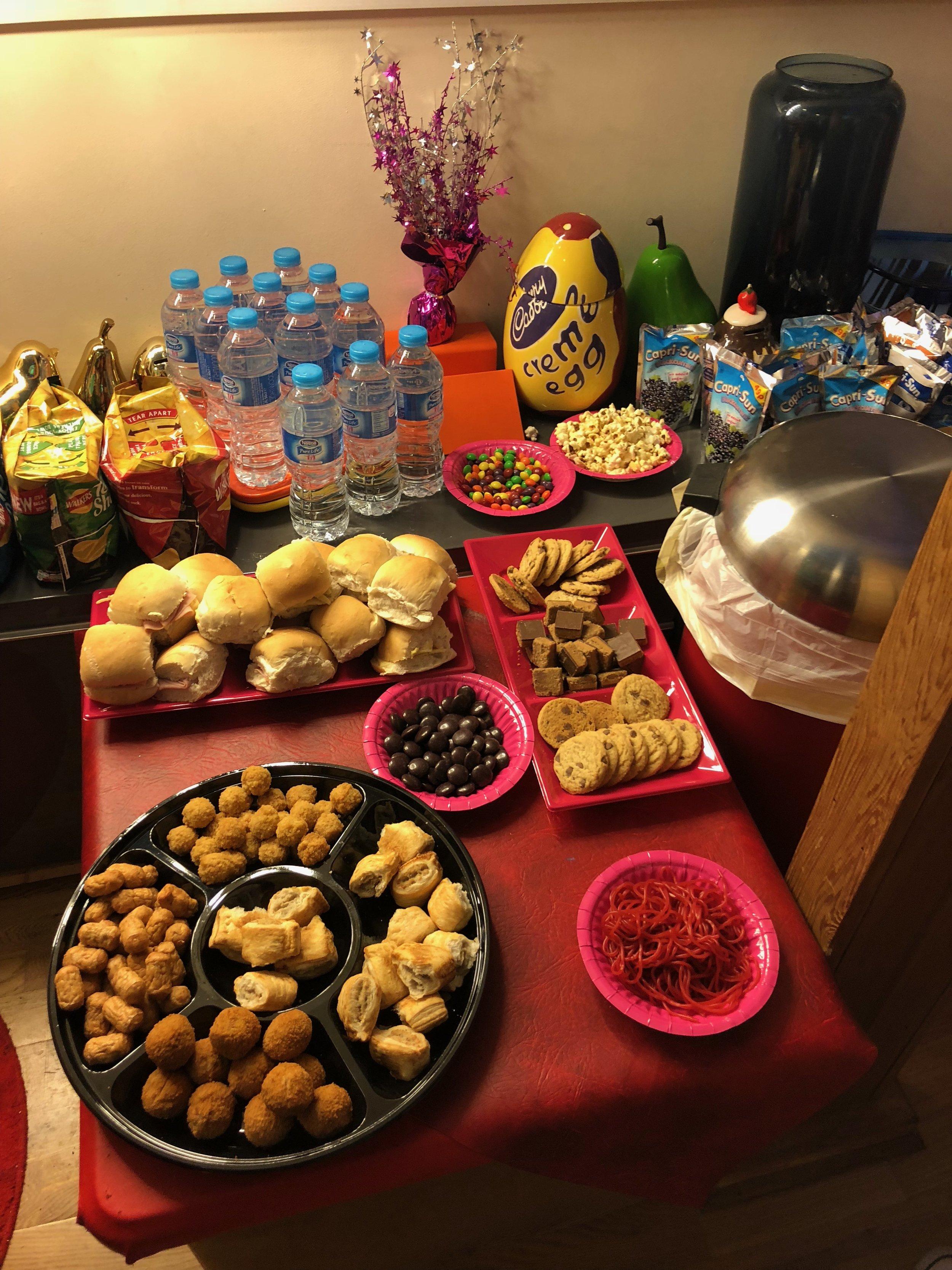 Pop Star Party buffet.jpg
