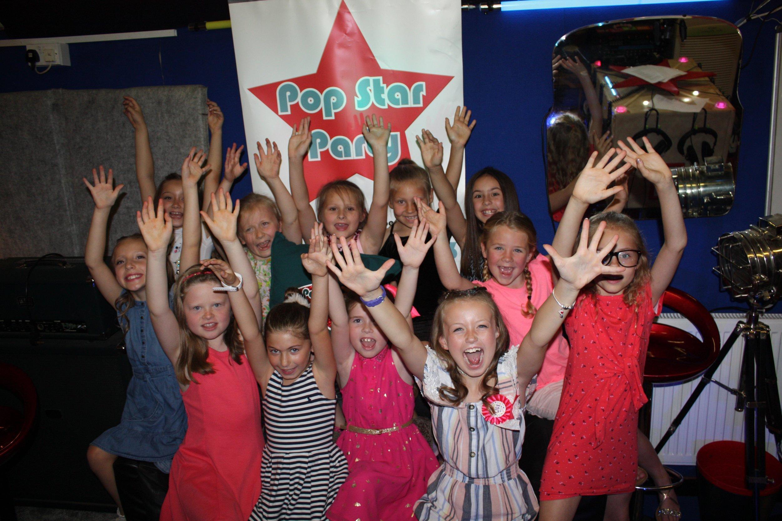 Pop Star Party Macie 8e.jpg