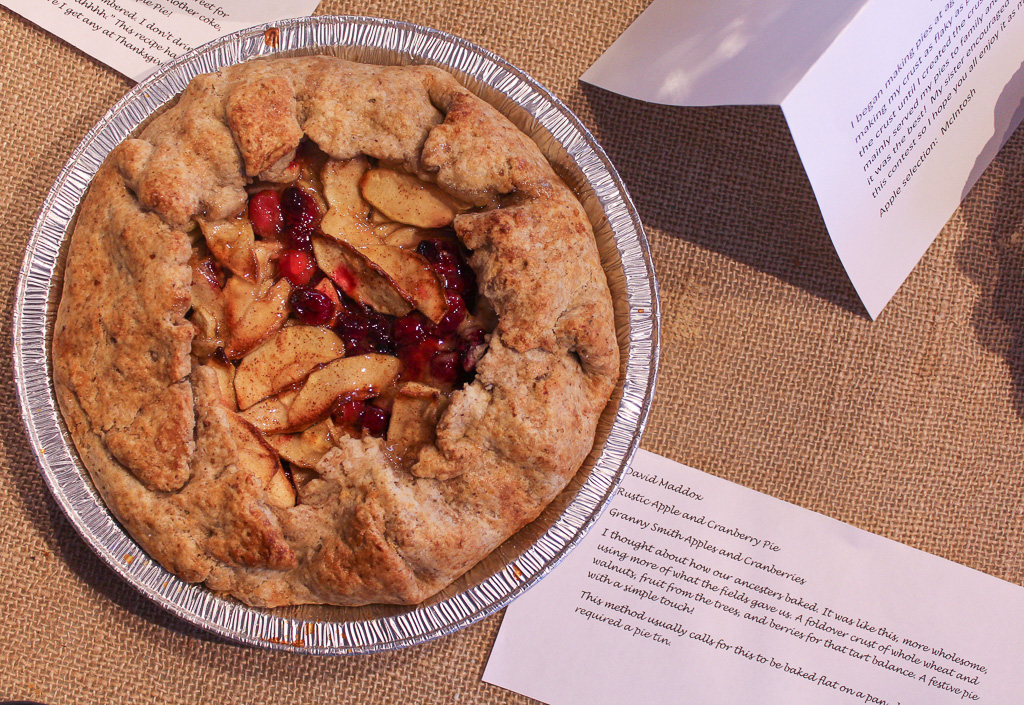 Rustic Apple and Cranberry Pie