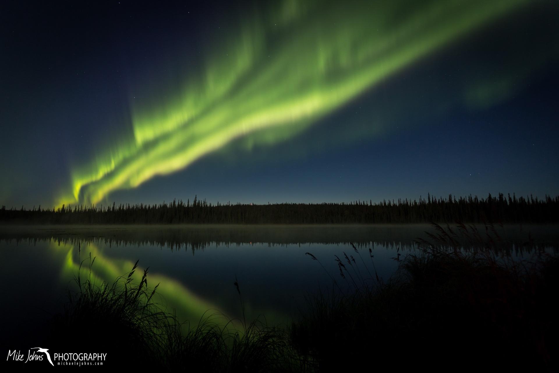 smith lake aurora 18-9759.jpg