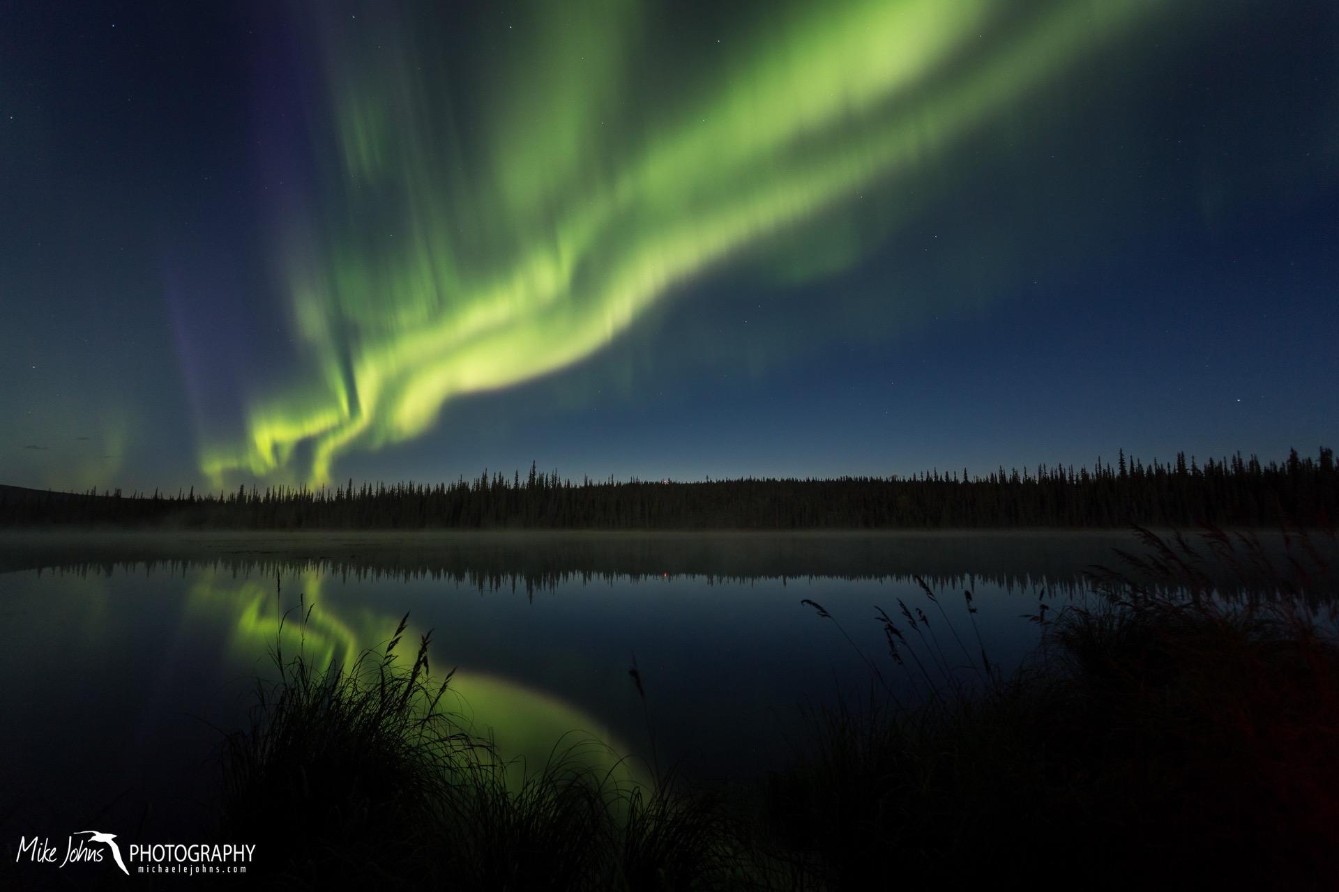 smith lake aurora 18-9760.jpg