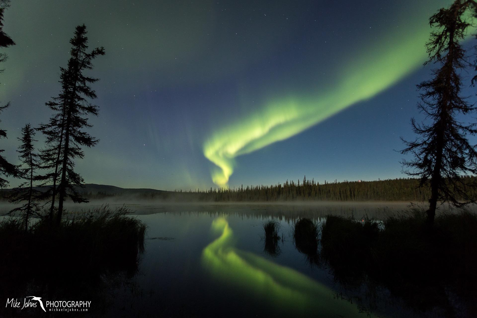 smith lake aurora 18-9772.jpg